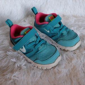 Nike flex running sneakers 7c